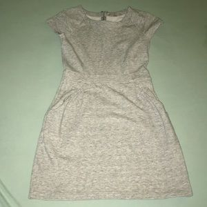 Grey above knee length dress from Gap. Size XS